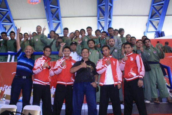 Atlet dan Pengurus Persinas ASAD saat pembukaan SeaGames XXVI