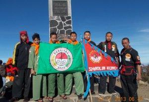 Tujuh Perguruan Silat Ikrar Bersama di Puncak Lawu